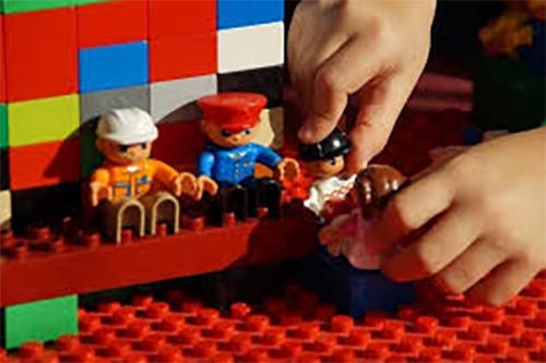 Lego ® therapy per bambini con Disturbi dello Spettro Autistico e Disturbi dell'Età Evolutiva
